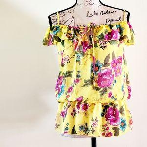 🆕️ Wet Seal floral blouse